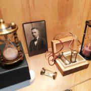 Slunecni hodiny – vintage sundials at Clock Gallery